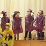 むらさき絵の具と警備員♪~2013年小学生組学習発表会~